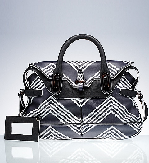Product Printed Neo Classic Medium - Handbags - Balenciaga